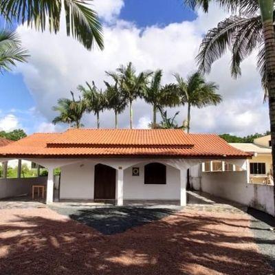 Locação Mensal, Casa com 130m² - 3 dormitórios - Mobiliada no Balneário Rainha