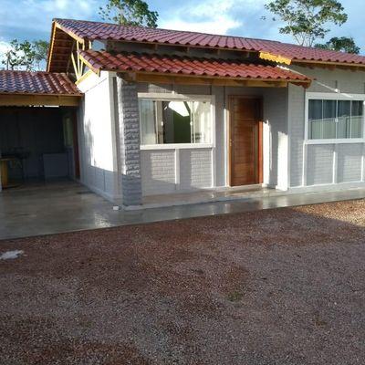 Casa Mobiliada com 1 suíte + 1 quarto, Locação Mensal no Balneário Mariluz