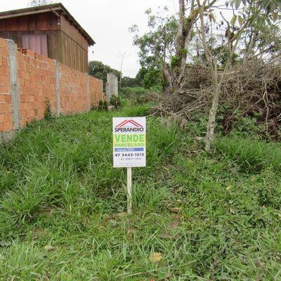 Terreno próx. do prolongamento da Av. Celso Ramos, em Itapoá (SC) em até 120x