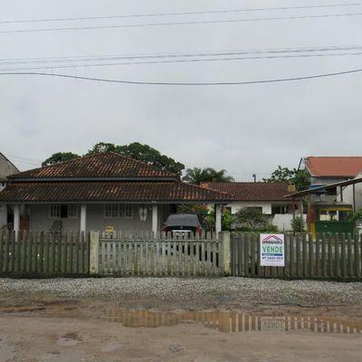 Casa c/ 75,25m², 2 quartos e amplo terreno livre (500m²/ 20x25m), Balneário Paese