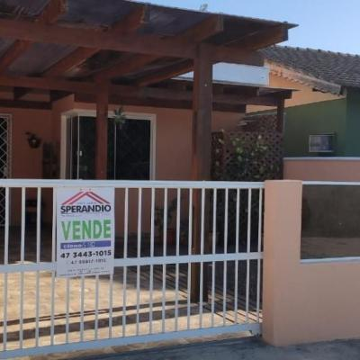 ► Casa c/ 79,19m², c/ 01 Suíte + 01 dormitório no Baln. Jardim da Barra