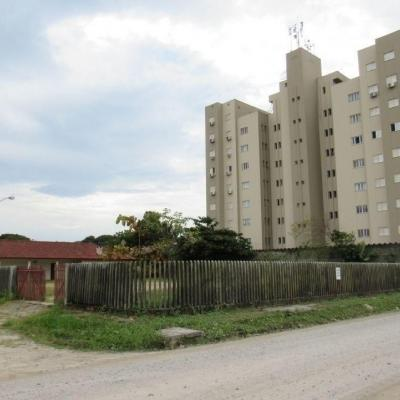 ► 3 Terrenos c/ área total de 1.112,17m², 400m do mar, Baln. Jardim da Barra