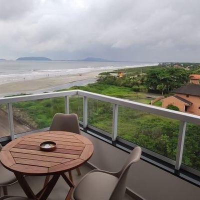 Apartamento c/ 1 suíte + 2 quartos - Frente Mar para Locação de Temporada!