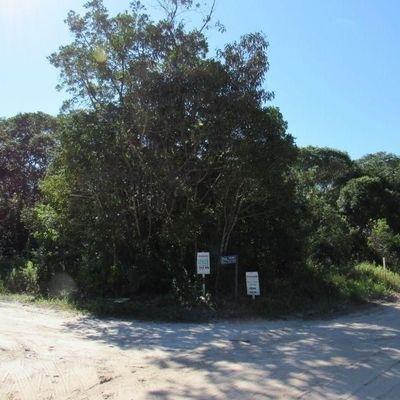 Terreno de esquina na principal Rua do Verdes Mares