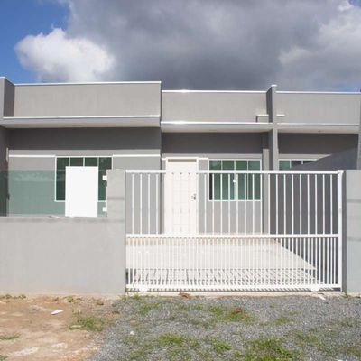 Casa em alvenaria, no loteamento São José, próximo ao centro.
