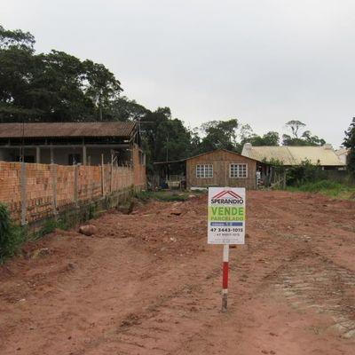 Terreno limpo e aterrado, c/192m² (6x32m), Entrada+Parcelas, Baln. Mariluz
