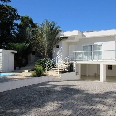Casa c/ 243m², 4 dormitórios e piscina, no Balneário Jd Pérola do Atlântico