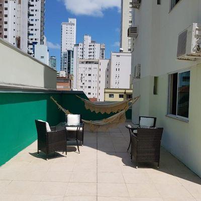 Apartamento Diferenciado com Terraço Externo para Locação Temporada de 3 Suítes
