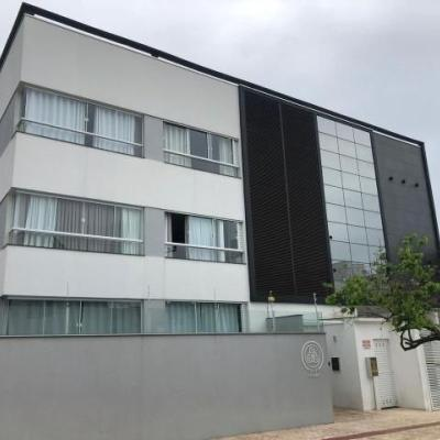 Edifício Mar Absoluto, na Praia dos Amores