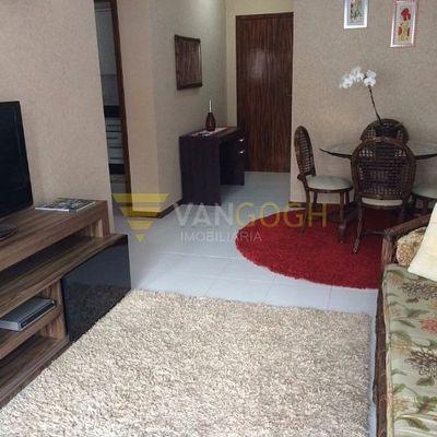 Apartamento Mobiliado com Excelente Localização