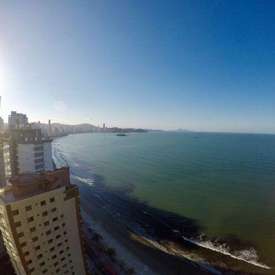 Apartamento à venda no edifício Apogee Frente mar Balneário Camboriú