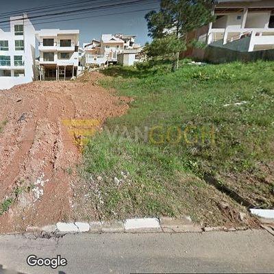 Terreno no Bairro Ariribá de 440 m2