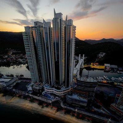 Edifício Ibiza Towers, em Balneário Camboriú