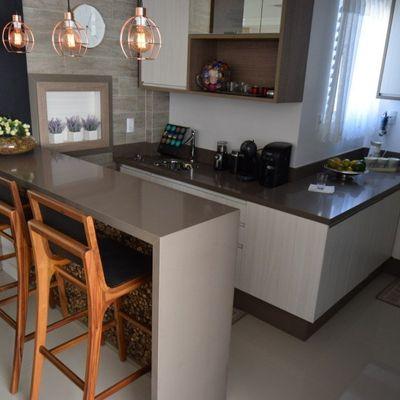 Belíssimo apartamento, 100% mobiliado, 4 suítes