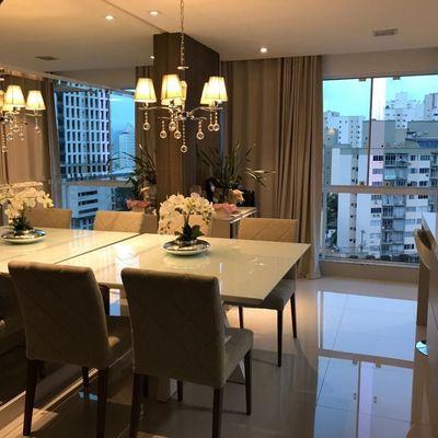 Apartamento á venda  no Edifício Bella Vita em Balneário Camboriú