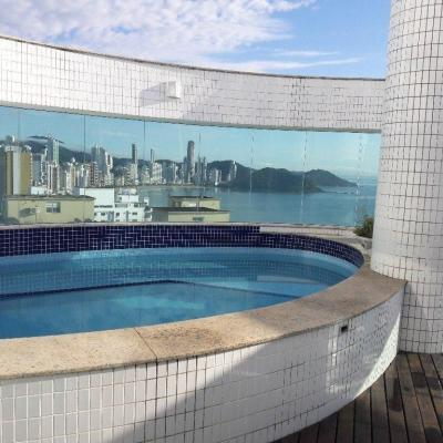 Cobertura Duplex, Locação Anual, Frente Mar em Balneário Camboriú