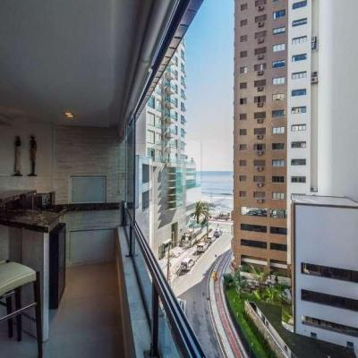 Apartamento no Edifício Vivaldi Quadra Mar com Vista Mar Balneario Camboriu
