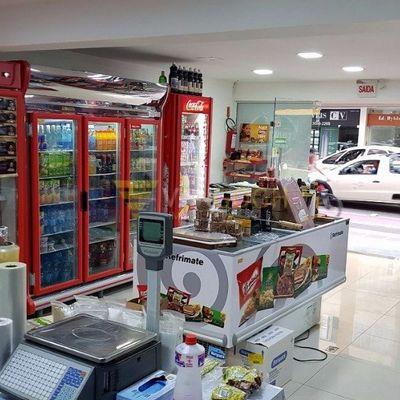 Açougue e Mini Mercado na Avenida Brasil