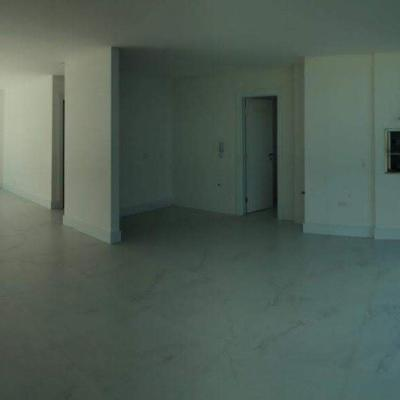Apartamento à Venda no Edifício Ocean Tower, em Balneário Camboriú