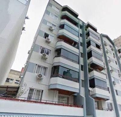 Apartamento no Edifício Residencial Caiobá, em Balneário Camboriú