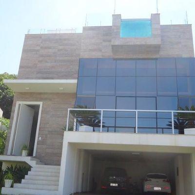 Casa Triplex á Venda no Condomínio Porto Riviera Exclusive na Praia Brava