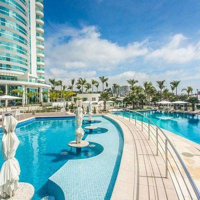 Apartamento Mobiliado, Decorado e Equipado Alto Padrão no Brava Beach para Venda e Locação Anual