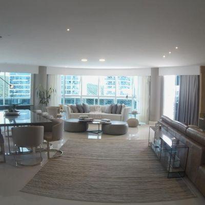 Apartamento com 05 Suítes e 05 Vagas, Mobiliado, Equipado, Decorado para Locação Anual no Brava Home Resort