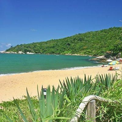 Saiba quais são as 7 melhores praias do litoral sul de Balneário Camboriú