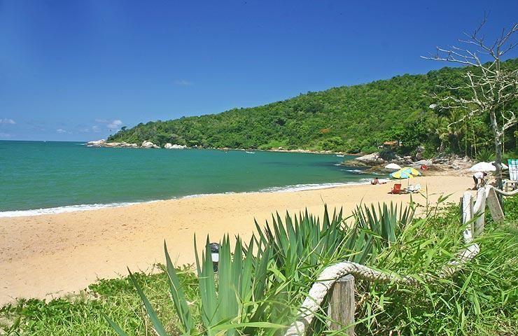 Conheças as 7 melhores praias do litoral sul de Balneário Camboriú