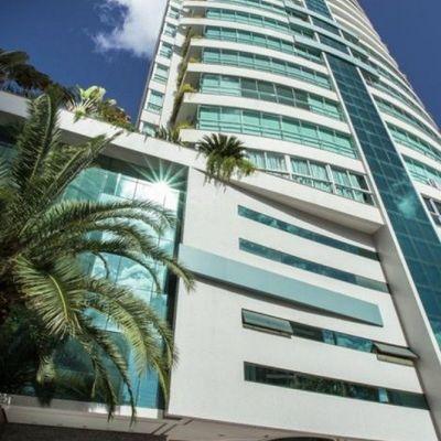 Edifício Garden Plaza, em Balneário Camboriú