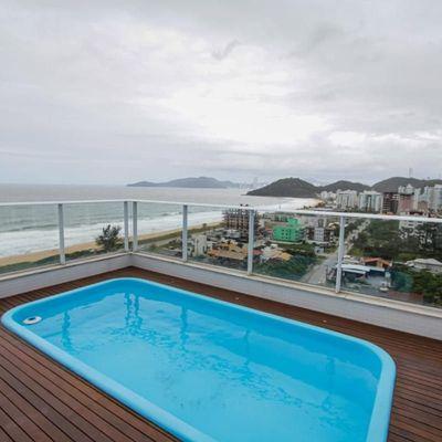 Edifício Amores da Brava Home Clube, na Praia Brava