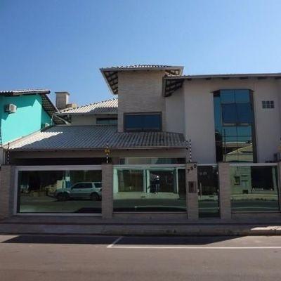 Casa de Alto Padrão Duplex à venda, em Balneário Camboriú