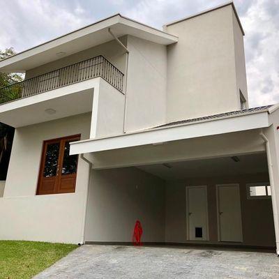 Casa à venda, em Balneário Camboriú