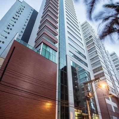 Apartamento à Venda no Edifício Luar Biasa Quadra Mar em Balneário Camboriú