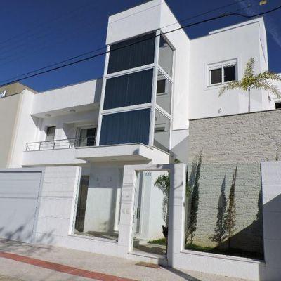 Casa Triplex à venda, em Balneário Camboriú