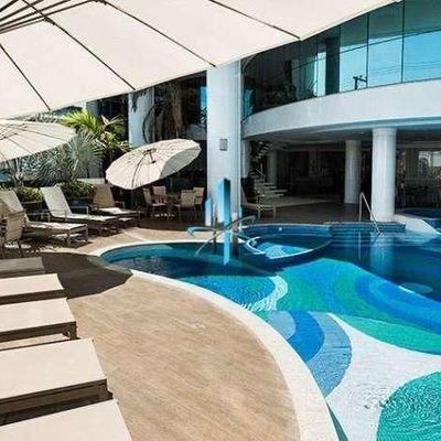 Apartamento á venda no edifício Ocean Palace Frente Mar Centro Balneário Camboriú