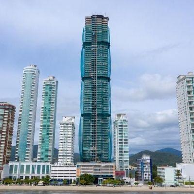 Edifício One Tower, em Balneário Camboriú