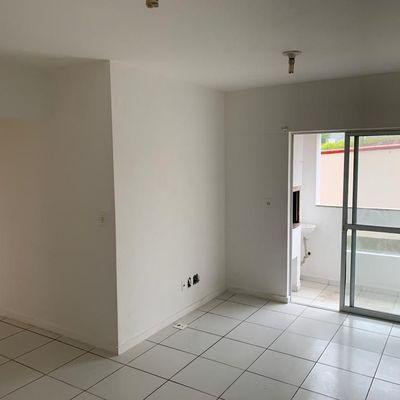 apat 2/4 com suite sem mobilia condominio completo