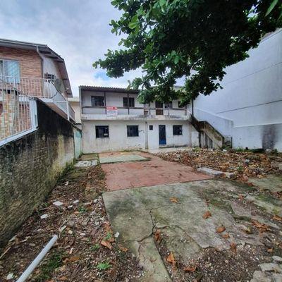TERRENO BAIRRO DAS NAÇÕES COM 2 APARTAMENTOS DE 2 QUARTOS