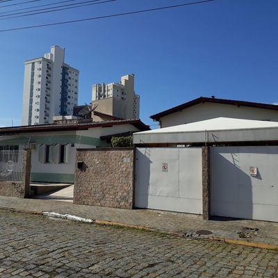 Casa no centro de Itajaí