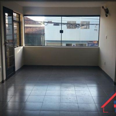 Comercial 111 mts Centro