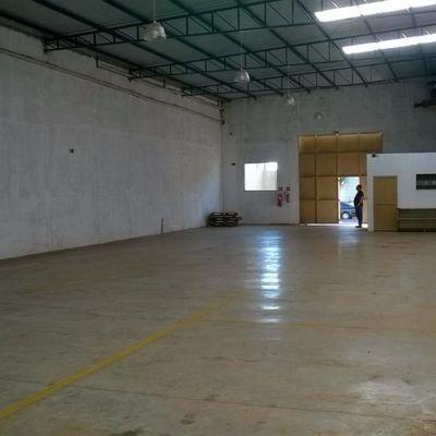 Barracão 432 mts Vila Industrial