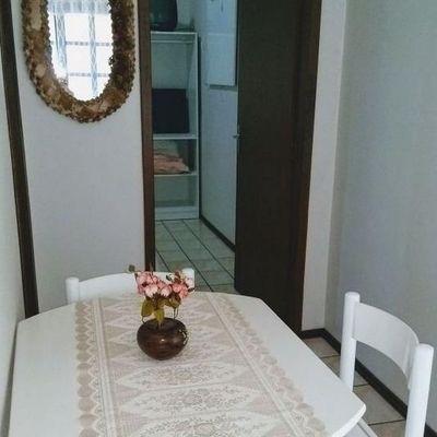 Apartamento n° 01 Res. Portela para Temporada em Bombinhas / SC no bairro Bombas