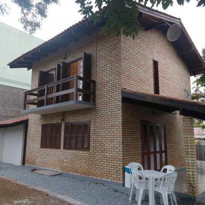 Casa para Temporada em Bombinhas / SC no bairro José Amândio