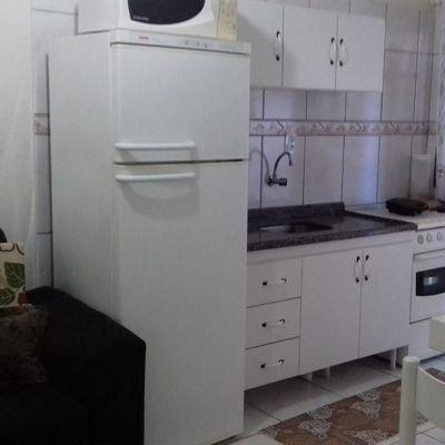 Apartamento n° 02 Res. Portela para Temporada em Bombinhas / SC no bairro Bombas