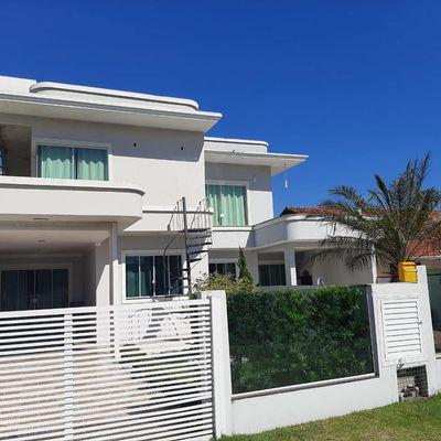 Casa com 2 domitórios