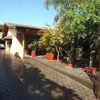 Casa no centro de Itapoá, perto de tudo. Excelente oportunidade para você que deseja morar bem!