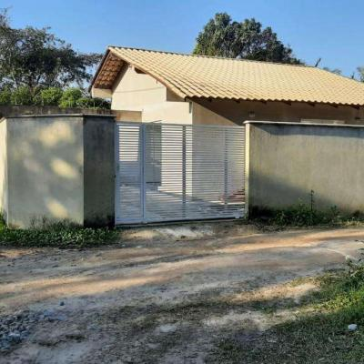 Casa para locação mensal próximo ao Porto de Itapoá