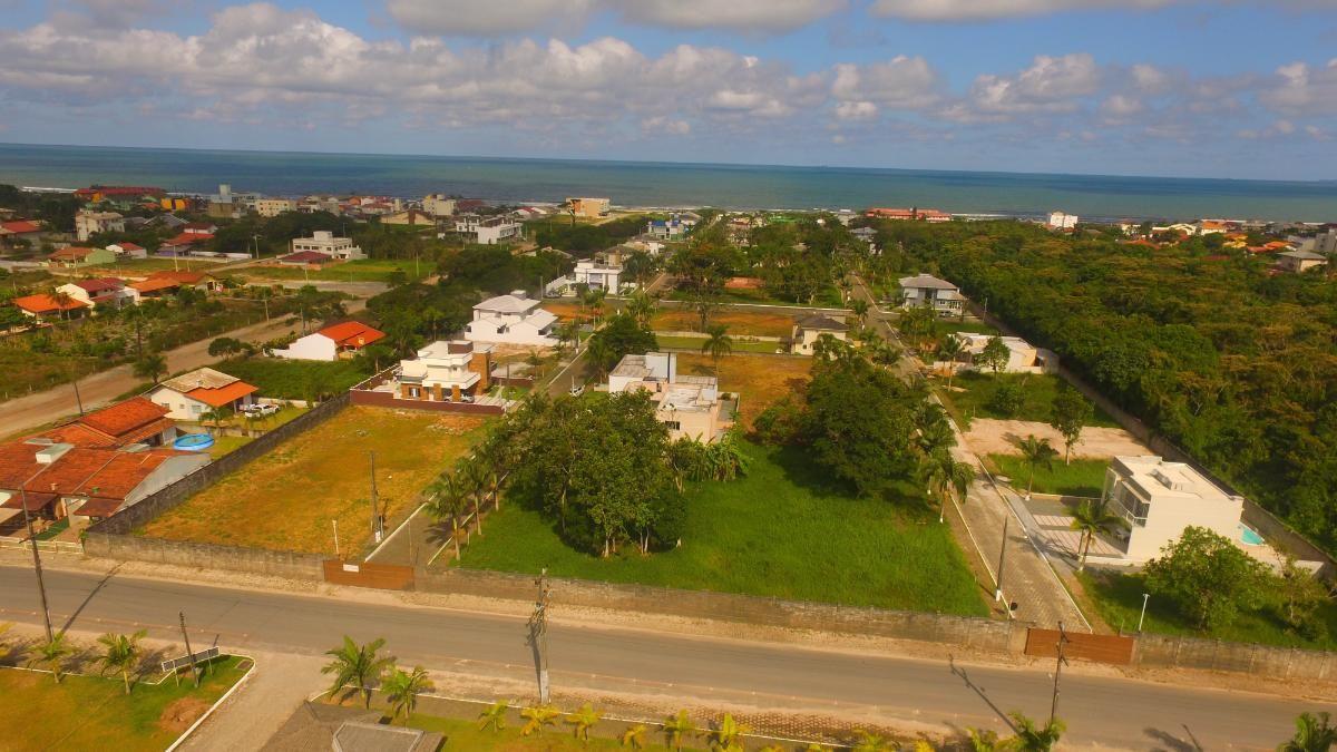 Terrenos em Loteamento Fechado South Beach I, frente Praia