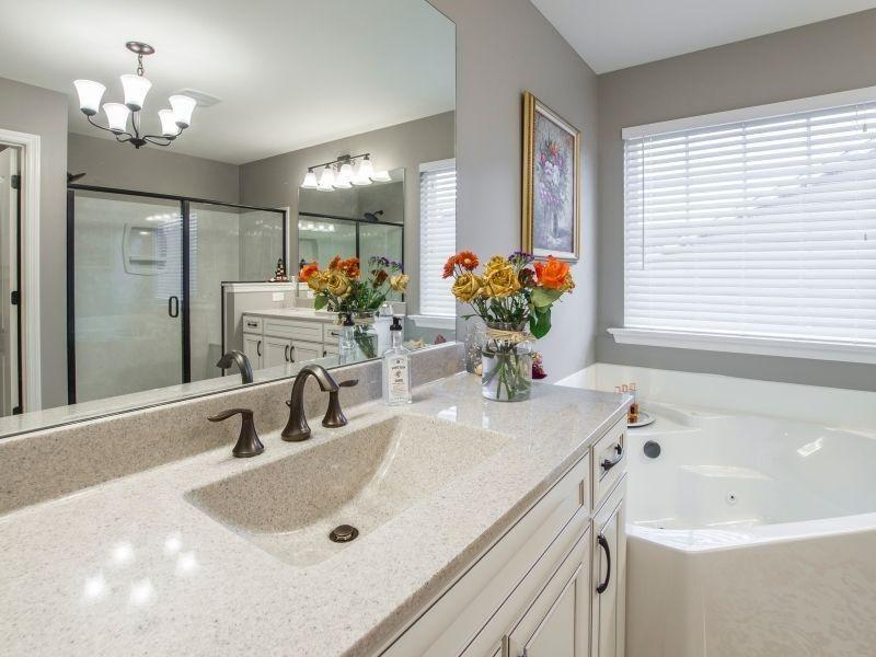 Como decorar um banheiro de apartamento?